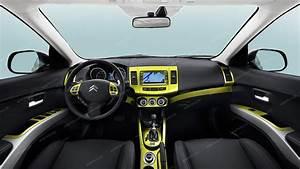 Citroen C  Mitsubishi Outlander    Peugeot 4007