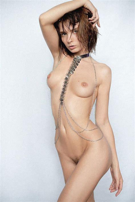 Marta Gromova Nude Sexy Pics Scandal