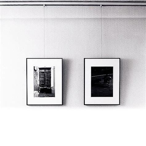 accrocher tableau mur beton accrocher correctement et facilement un tableau artdoctor