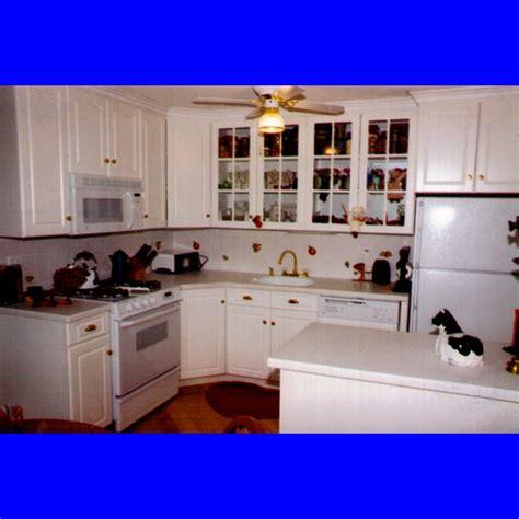 kitchen design ideas for small spaces small kitchen designs decobizz com