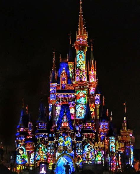 Disneyland Light Show by I The Light Shows Disney Dreamin Disney