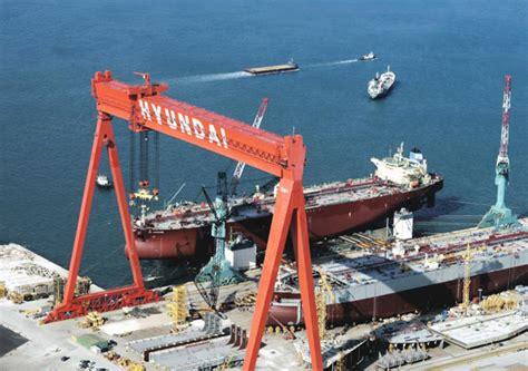 hyundai heavy wins order  build  crude carriers