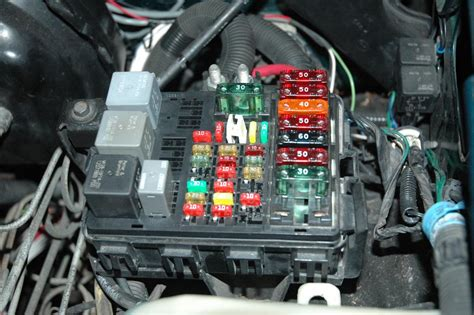97 Gmc Suburban Fuse Box by Gm Performance View Topic Hoood Fuse Box