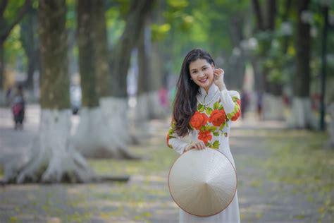 Sự Thật Thú Vị Về Bức ảnh Người Con Gái Việt Xinh đẹp Mặc