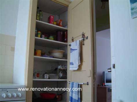 aménagement intérieur placard de cuisine garde manger