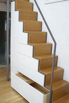 diy flur garderobe die 25 besten ideen zu stauraum unter der treppe auf treppenspeicher treppen