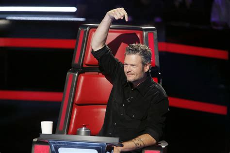 blake shelton voice blake shelton s quot she s got a way with words quot repeats as