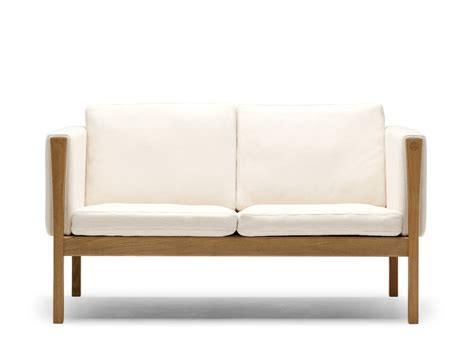 small two seater sofa buy the carl hansen son carl hansen ch162 two seater