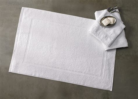 buy luxury hotel bedding  marriott hotels bath mat