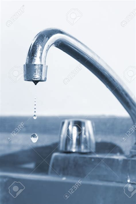 Fixing Leaky Kitchen Faucet by Kitchen How To Fix A Kitchen Faucet At Modern