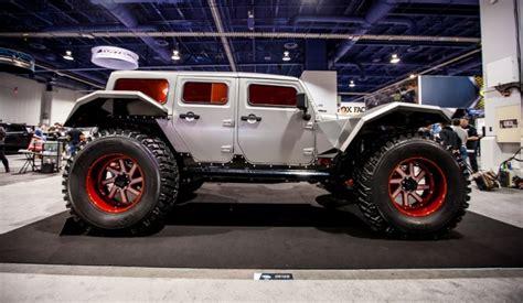 jeep wrangler batman fab fours legend concept visits jay leno 39 s garage