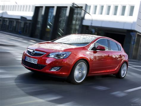 Opel Astra 2010 by Opel Astra 2010 Pictures Information Specs