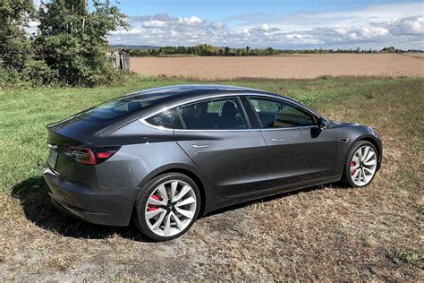 Get Tesla 3 Performance Dark Grey Pics