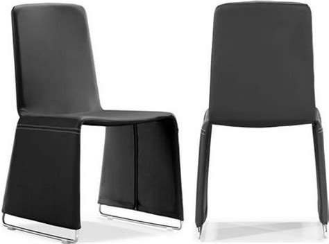 zuo modern 102110 dining chair black has a soft