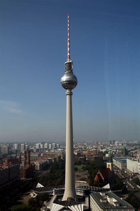 Fernsehturm Berlin by Fernsehturm Berl 237 N Mapio Net