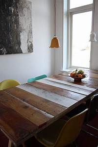 10 exquisite ways to incorporate reclaimed wood into your for Dining room tables made from reclaimed wood