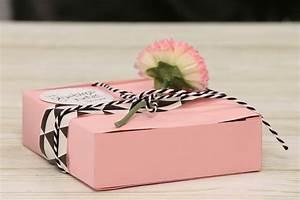 Geschenkbox Selber Basteln : geschenkbox basteln der geburtstagskuchen bausatz ~ Watch28wear.com Haus und Dekorationen