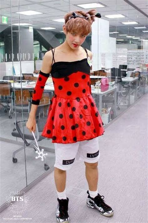 Bts v dressed like a girl - Google Search | BTS | Pinterest | Funny A girl and Funny google ...