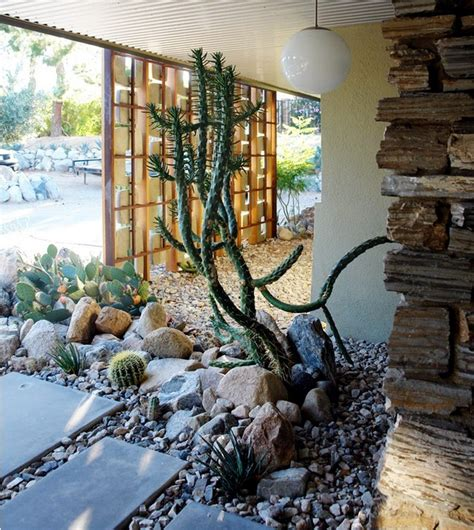 Rebuild The Garden Courtyard Itself Useful