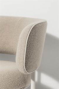 FONT REGULAR DINING CHAIR ARMREST Visitors Chairs