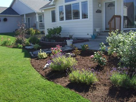 folks  home front yard landscaping