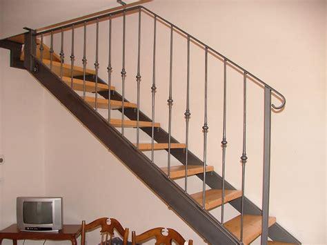 ringhiera fai da te come realizzare delle scale interne in ferro battuto fai