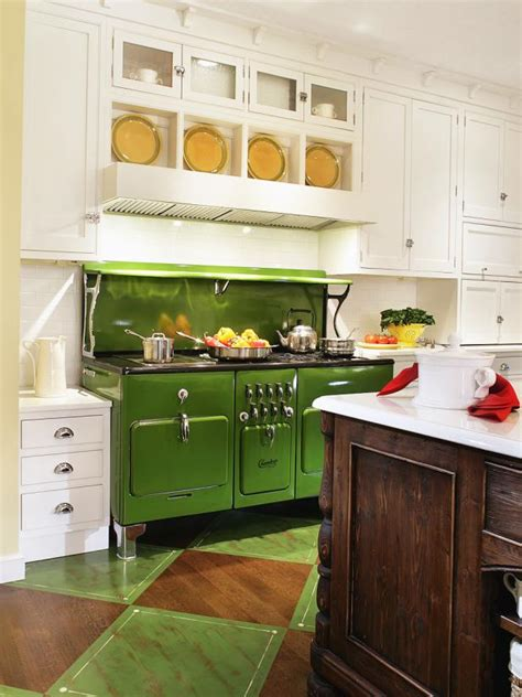 apple green kitchen apple green color palette apple green color schemes hgtv 1318