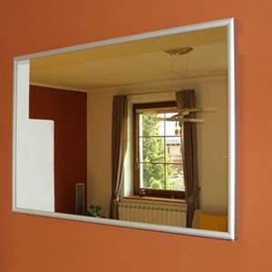 Cadre Pour Plusieurs Photos : miroir chauffant infrarouge first heating et infra crystal ~ Teatrodelosmanantiales.com Idées de Décoration