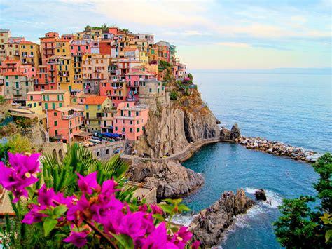 Italys Cinque Terre To Begin Limiting Tourists Condé