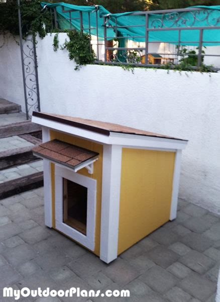 diy insulated large dog house myoutdoorplans  woodworking plans  projects diy shed