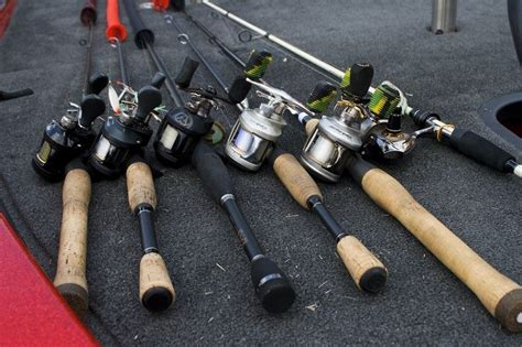 types  fishing rods   depth   selecting