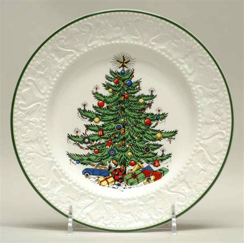 cuthbertson dickens christmas salad plate 5430733