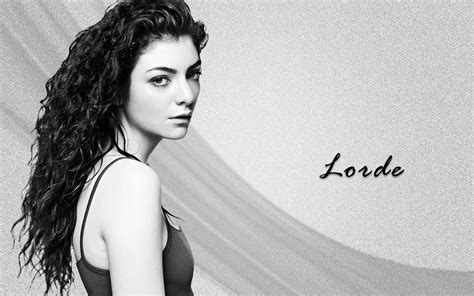 Young Singer Lorde Hd Pictures Download Free Hd Wallpapers