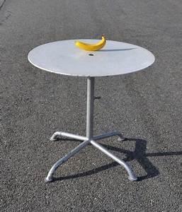 Petite Table De Jardin : best petite table de jardin avec trou pour parasol ideas ~ Dailycaller-alerts.com Idées de Décoration