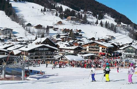 Rent or charter a helicopter for Les Gets Ski Resort and ...