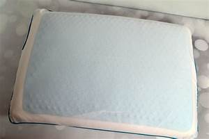 Comfort revolution cooling bed pillow famchristmas it39s for Comfort revolution king pillow