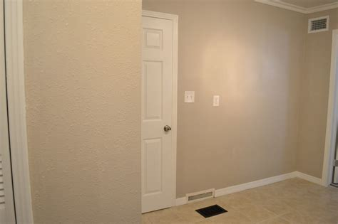 28 greige paint colors behr wheat bread living room