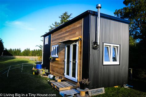 Woman Builds Super-Spacious Dream Tiny House in New