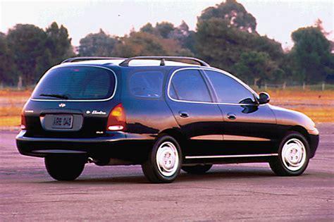 1996 Hyundai Elantra by 1996 00 Hyundai Elantra Consumer Guide Auto