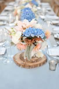 blaue blumen hochzeit tischdeko mit hortensien edle hochzeitsdeko mit blumen