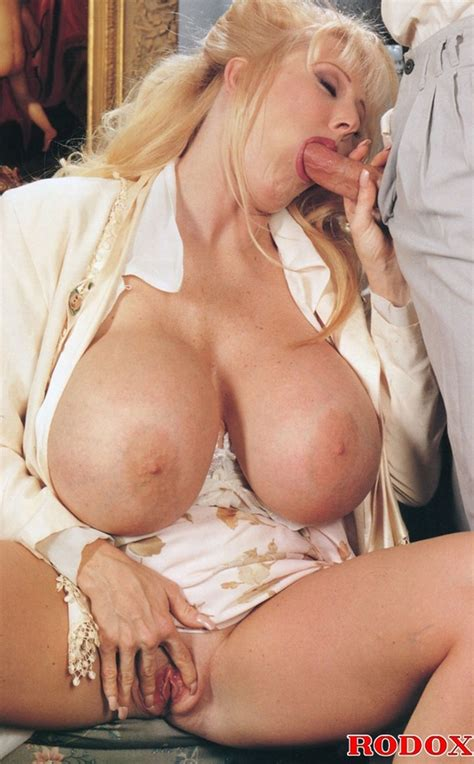 Mature Lady With Massive Melons Loves Cock Xxx Dessert