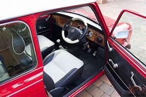 Restored Rover Mini Cooper 1 3i Mpi