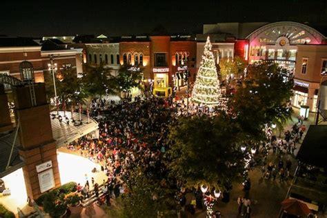 christmas  mall  georgia tree lighting santa grinch