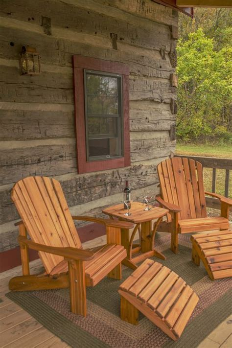 Storybook Log Cabin by Hewn Log Cabin In Storybook Setting Vrbo Cabin Time In