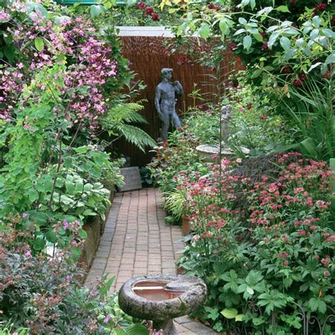 original ideas for garden paths more than 60 pictures of