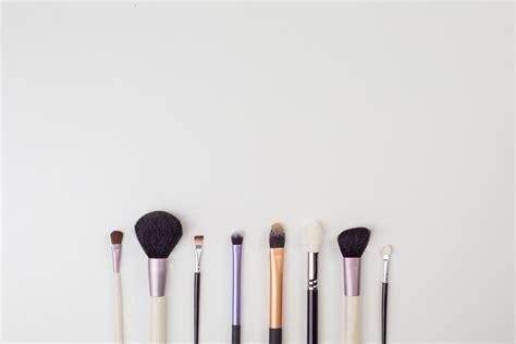 professional makeup artist logo  logo makers blog