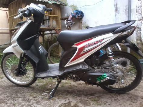 Modifikasi Motor Cb150r Jari Jari by Modifikasi Cb150r Pelek Jari Jari Thecitycyclist