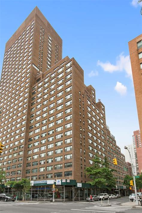 corcoran  east  street apt  upper east side real estate manhattan  sale homes