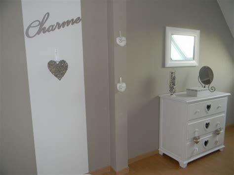 chambre parentale cosy deco chambre aubergine et blanche chaios com