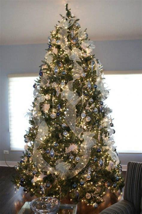 decoration sapin  idees de deco de noel festive